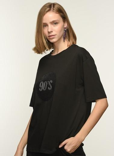 NGSTYLE Ngkaw21Ts0012 Payet Işlemeli Oversize Tshirt Siyah